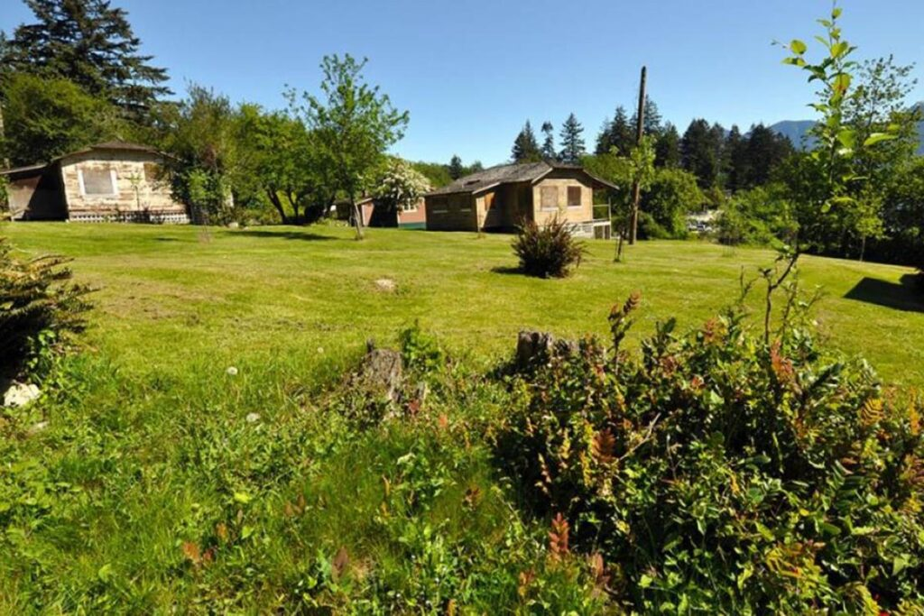 Davies Heritage Orchard on Bowen Island: The Cradle of Tourism